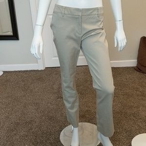 Chicos cream colored pants size 4s (Chicos size 0)